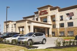 Hampton Inn & Suites Mansfield, TX